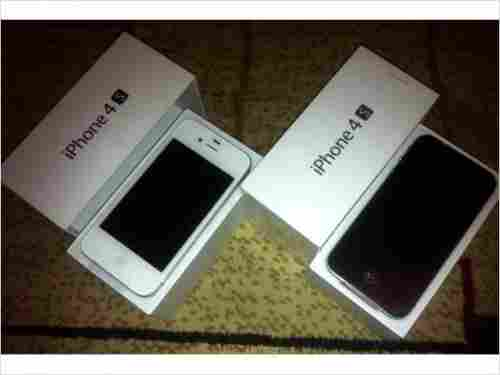 Apple iPhone 4s 64GB ,32GB ,16GB Unlocked bat-yam